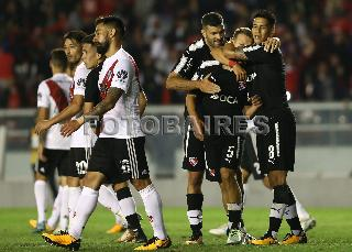 INDEPENDIENTE VS RIVER-SEGUNDA ENTREGA