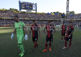 CENTRAL VS NEWELLS